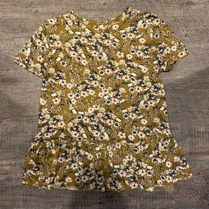 Super cute xhilaration ruffle flowerd t-shirt!